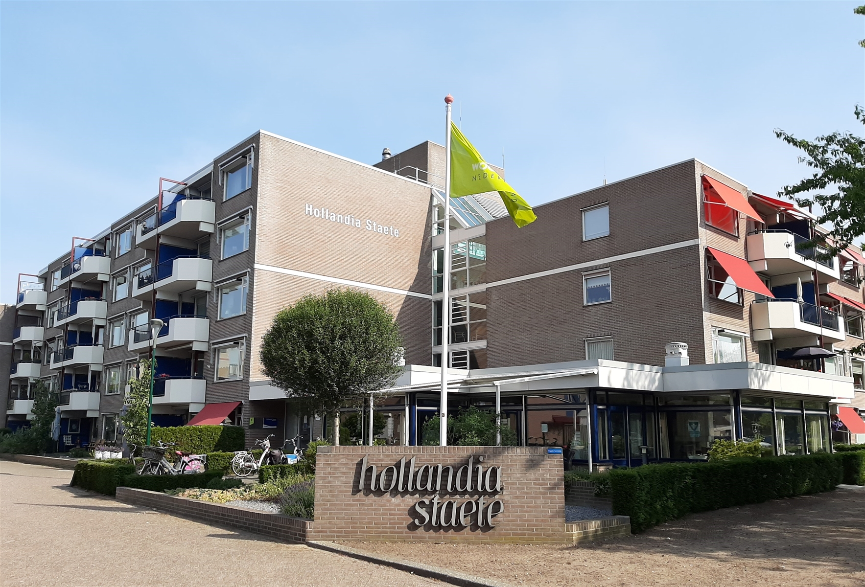 Flat Hollandia Staete